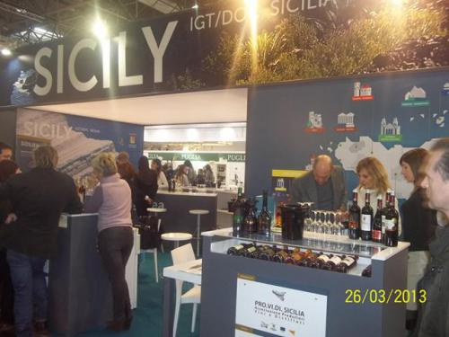 laricmal-2013-prowein-exhibition-17