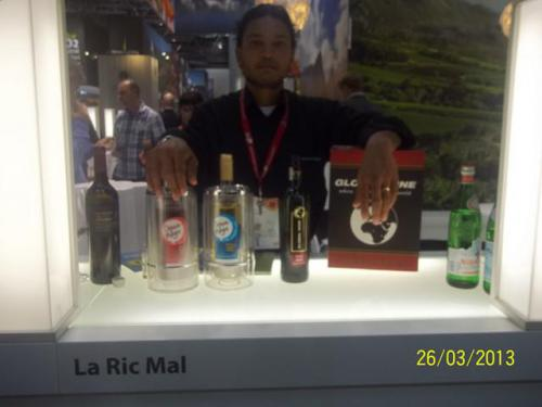 laricmal-2013-prowein-exhibition-18